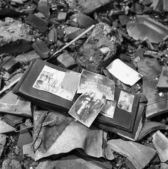 Hiroshima and Nagasaki - Black and White Photos from the Ruins in 1945
