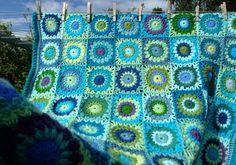 Turtle Blanket by http://andamentoblog.blogspot.co.uk Love her work
