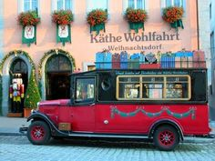 Rothenburg Ob de Tauber Christmas Wagon