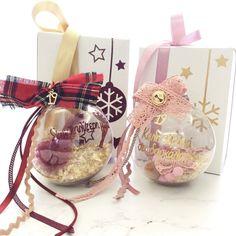 Christmas Balls, Christmas Wedding, Christmas Crafts, Christmas Decorations, Xmas, Lucky Charm, Snowflakes, Diy And Crafts, Handmade