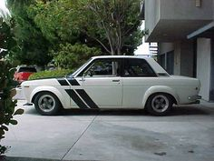 Datsun 510 Racer Sports Bubble Flares and Libres