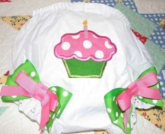 cupcake bloomers by PJQuilts on Etsy, $13,99