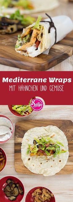 Die Wraps sind mit mediterranen Zutaten wie Hähnchen und gegrilltem Gemüse gefüllt. Nach Belieben kann das Fleisch auch weggelassen werden. #wraps
