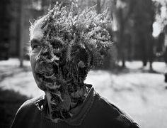 Cal Redback est un photographe Français basé à Paris depuis une dizaine d\\\'années.Il découvre la photographie en 2008 lors d\\\'un voyage en Australie. Ce n\\\'est qu\\\'en 2011 qu\\\'il s\\\'essaie vraiment aux photomontages, en apprenant en autodidacte à l\\\'aide de tutoriels.Son travail mêle photographie et travail de retouche, ses clichés déconcertantsnous ...