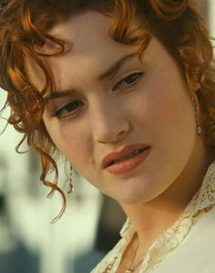 Our goal is to keep old friends, ex-classmates, neighbors and colleagues in touch. Titanic Kate Winslet, Kate Winslet Young, Kate Winslet Images, Kate Winslate, Queen Kate, Beautiful Celebrities, Beautiful Actresses, Emma Watson Style, Titanic Movie