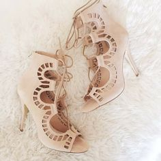 Nude Lace Up Heels<3