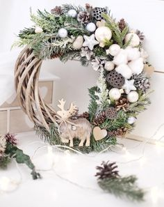 Easter Wreaths, Wreaths For Front Door, Holiday Wreaths, Door Wreaths, Front Doors, Christmas Crafts, Christmas Decorations, Holiday Decor, Christmas Diy