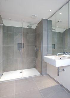 Hyde Park Corner showers - GH Interior Glass