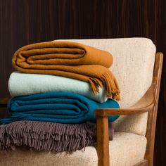 Which one of this four colours do you think we should add to our Miramar wool blanket collection? The one that gets the most votes on facebook before the 17th of October will be added to the website! #creative #process Colour names: Camel, Mint, Teal and Brown