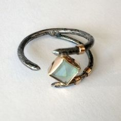 Claw Ring with Apatite Stone in Sterling Silver por smokeanddaggers, $345.00