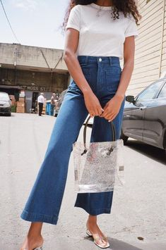 Observe how your most favorite street trend personalities choose blue jeans by using pumps and grab all of the insights you might need specifically for your next look. Trendy Outfits, Summer Outfits, Cute Outfits, Fashion Outfits, Womens Fashion, Fashion Trends, Ladies Fashion, Fashion Ideas, Women's Summer Fashion