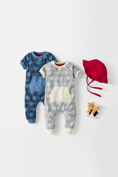 Easy all in one toddler outfit! Hanna Andersson