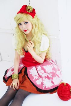 ever after high cosplay |@Ever After High/Apple White