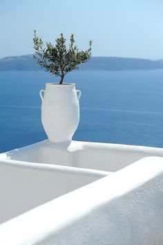 spectacular view of the Aegean in Greece