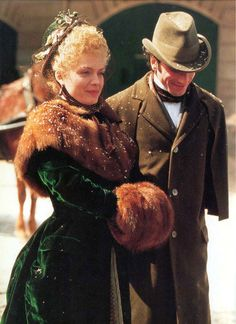 Daniel Day-Lewis and Michelle Pfeiffer in 'The Age of Innocence'.