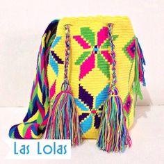 Yellow MG Guayacán Wayuu de @laslolashandmade #yellow #wayuu #handmade #mochila #handbag #purse #colorful #hechoamano #madeincolombia #hechoencolombia #ecuador #zocoshop