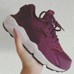 wholesale dealer 952af 9fb2a Maroon Huaraches, Nike Shoes Huarache, Haraches Shoes, Shoes Sneakers, Me  Too Shoes