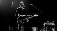 •• NEW POST ONLINE •• Heymoonshaker  https://stampsy.com/stamp/23362  © Aurore Vinot
