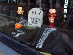 Image result for halloween window display Layered Haircuts With Bangs, Short Hair With Layers, Haircuts For Long Hair, Girl Haircuts, Hair Layers, Layered Hairstyles, Hairstyle Names, Low Bun Hairstyles, Cute Girls Hairstyles