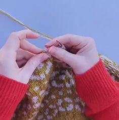 stranded colourwork - & Tips and Tricks - stricken anleitungen Knitting Videos, Knitting Stitches, Knitting Projects, Hand Knitting, Knitting Patterns, Crochet Patterns, Knit Stranded, Crochet Beret, Tips And Tricks