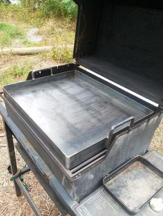 Discover thousands of images about Custom Barbecue Grill Removable Griddle Insert inch Steel Diy Grill, Barbecue Grill, Grilling, Bbq Smoker Trailer, Bbq Pit Smoker, Cooking Oil Filter, Custom Bbq Smokers, Cooking Pork Chops, Cooking Salmon