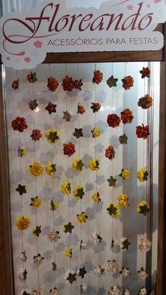 Cortina decorativa de flores