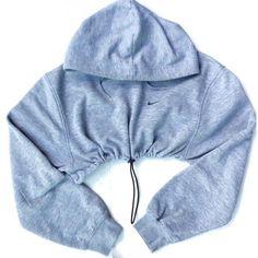 53 new ideas for sweatshirt hoodie nike Retro Sweatshirts, Hoodie Sweatshirts, Sports Sweatshirts, Sports Shirts, Sports Tops, Nike Pullover, Nike Hoodie, Nike Jacket, Nike Cropped Hoodie
