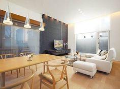 「街角の週末住宅」。絕佳的清美學空間。 這樣的居家,週末也能好好親近自然,放鬆一下呢~ via Century Design Office