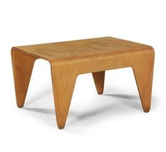 Marcel Breuer, nesting table, 1936. For Isokon Furniture Company, Great Britain. Bent laminated birch.