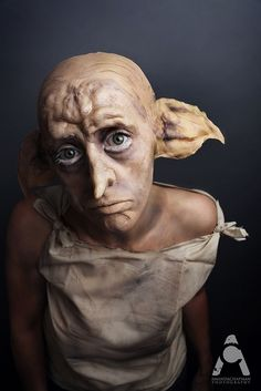 31 Days Of Halloween makeup Dobby - Harry Potter by Amanda Chapman Dobby Harry Potter, Harry Potter Halloween, 31 Days Of Halloween, Halloween Kostüm, Halloween Cosplay, Ladies Halloween Costumes, Special Makeup, Special Effects Makeup, Prosthetic Makeup