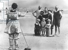 A German family having their photo taken on the beach (b/w photo), c. 1900-1913