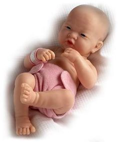 JC Toys La Newborn 14 Anatomically Correct Real Girl Asian Baby Doll - First Day . Made in Spain Live Baby Dolls, Life Like Baby Dolls, Life Like Babies, Girl Dolls, Dolls Dolls, Baby Mold, Realistic Baby Dolls, Lifelike Dolls, Newborn Baby Dolls