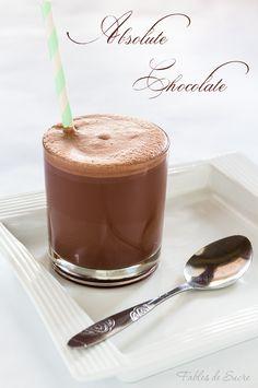 Quanto può essere deliziosa una cioccolata fredda da bere? Semplicissima ma davvero gustosa, tutta da provare, non ne potrete più fare a meno.