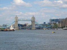Londra - Pesca sportiva e pedalò nei laghetti dei parchi urbani, gite su mezzi anfibi e camminate di gruppo per cause di beneficenza: la capitale britannica svela il suo lato green.