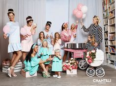 Chantilli Collection is a matching clothing brand devoted to mothers and daughters 'moi comme toi'. All the dresses are handmade by talented designers. Find your matching moment! Mom Daughter Matching Outfits, Mommy And Me Outfits, My Outfit, Daughters, Mothers, Kids Fashion, Designers, Style Inspiration, Clothing