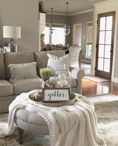 Amazing 76 Awesome Country Farmhouse Decor Living Room Ideas # - Decoration For Home Decor Home Living Room, My Living Room, Living Room Designs, Living Room Furniture, Cozy Living, Wooden Furniture, Shabby Chic Decor Living Room, Living Room Ottoman Ideas, Living Room Paint Colors