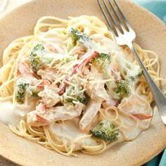 Try this super easy Chicken Capri Pasta recipe for Easter Dinner!