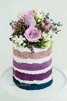 Too pretty to eat! #beautifulcakes #weddingcake