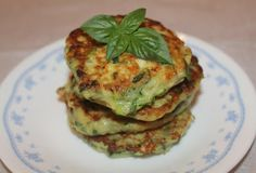 Finding ways to use up the abundance of zucchini and other vegetables is one of the fun parts of summer, right? Zucchini ends up being gr. Zucchini Corn Fritters, Cooking Recipes, Healthy Recipes, Vegetable Side Dishes, Unique Recipes, Holiday Recipes, Holiday Foods, Brunch, Favorite Recipes