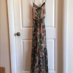 Gap maxi dress Great natural leaf pattern maxi dress GAP Dresses Maxi