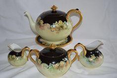 China Teapot, Limoges China, Tea Sets Vintage, Pottery Teapots, Tea Pot Set, Chocolate Pots, Coffee Set, Porcelain Ceramics, Vintage China