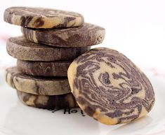 Chocolate Peanut Butter Marble Cookies by Evil Shenanigans. Cookie Desserts, Just Desserts, Cookie Recipes, Delicious Desserts, Dessert Recipes, Yummy Food, Pastries Recipes, Cookie Ideas, Dessert Ideas