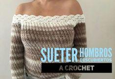 Suéter a crochet de hombros descubiertos Crochet Diy, Crochet Dolls, Crochet Bikini, Doll Dress Patterns, Dog Crafts, Crochet Slippers, Diy Clothes, Blazer Jacket, Baby Dolls