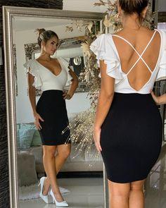 Cute black and white dress back Hijab Style Dress, Dress Backs, Look Fashion, Dress For You, Dress Patterns, Homecoming Dresses, Ideias Fashion, Backless, Fashion Dresses