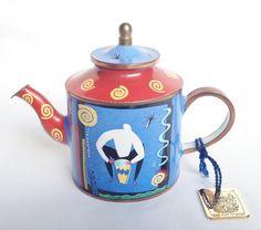Drummer teapot