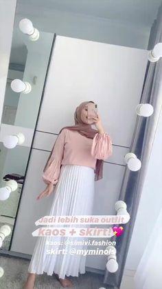 Modern Hijab Fashion, Street Hijab Fashion, Hijab Fashion Inspiration, Workwear Fashion, Muslim Fashion, Trendy Fashion, Fashion Outfits, Casual Hijab Outfit, Ootd Hijab