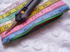 Tape measure pouch