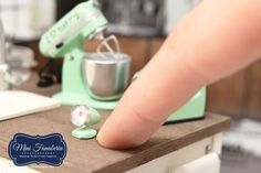 Kitchen tabletop appliances for dollhouse in 1:12 scale. Hand made and very realistic.