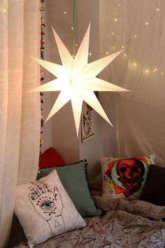 Magical Thinking Star Paper Lantern Loving the moroccan star lantern, faux-canopy and faery lights Urban Outfitters, Paper Lanterns, Hanging Lanterns, Home And Deco, Boho, Bohemian Soul, Apartment Living, Apartment Ideas, Living Room