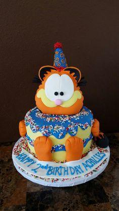 Garfield cake by Sara Lewis :)
